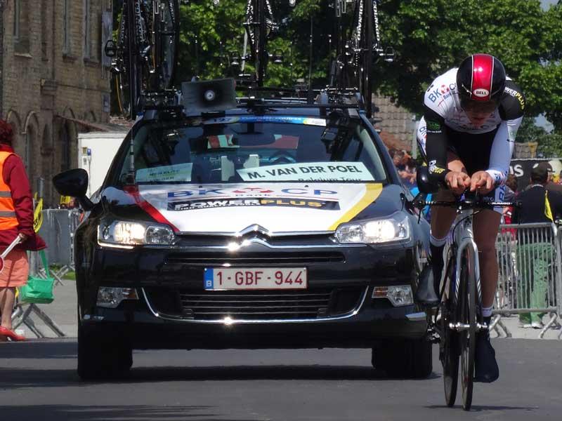 Van der Poel en una competición de ciclismo en ruta